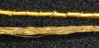 Comparison: classically Gold coated yarn (above); plasma Gold coated yarn (below)
